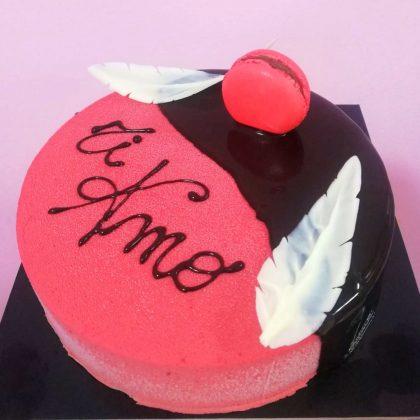 torta moderna san valentino