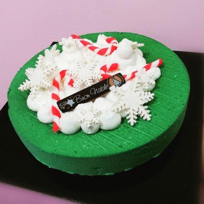 torta moderna verde natalizia